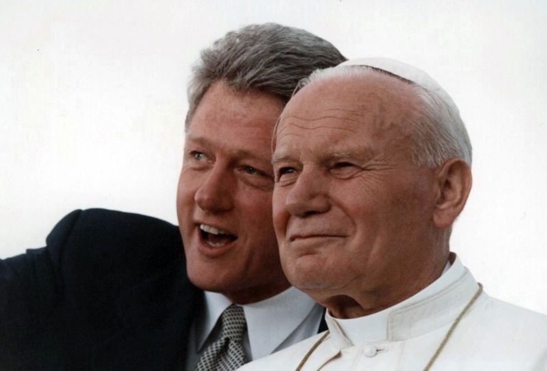 President William J. Clinton and Pope John Paul II admiring the crowd at Denver... image. Click for full size.