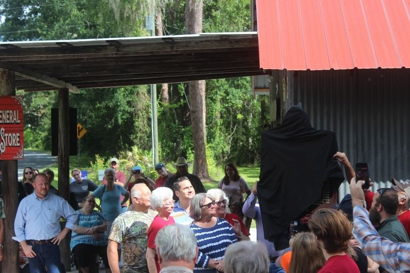 Richloam General Store and Post Office Marker unveiling image. Click for full size.
