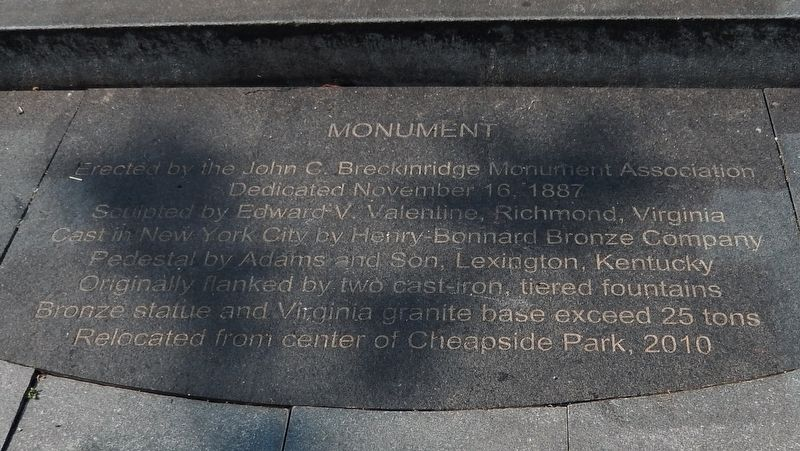 Marker detail: Monument tablet image. Click for full size.