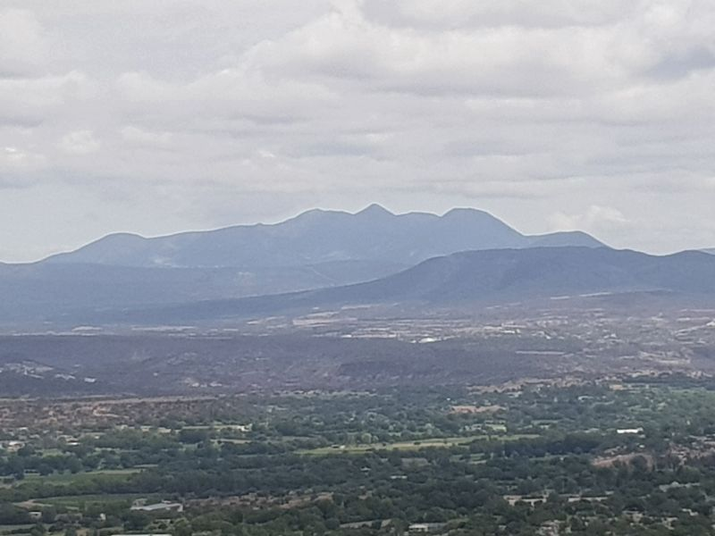 A view to the north from the marker at Eagle Mountain (el Cerro del Águila) image. Click for full size.