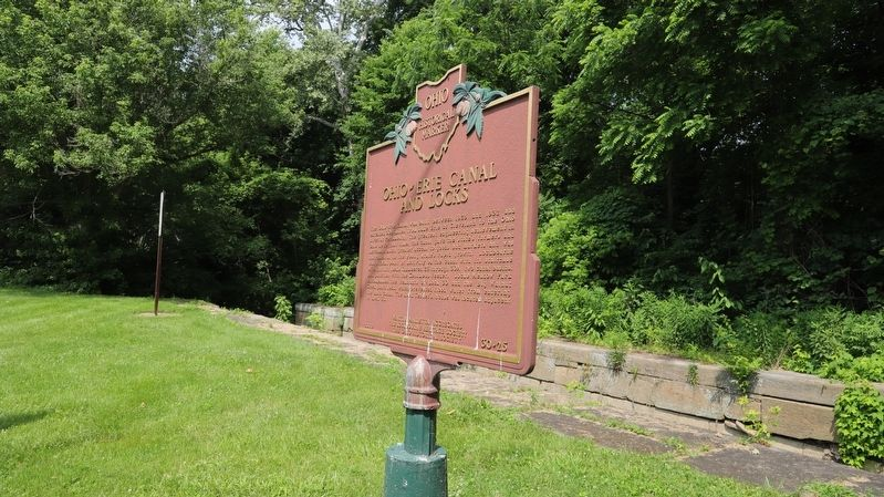 Ohio-Erie Canal and Locks / The Columbus Feeder Canal Marker at the Lock image. Click for full size.