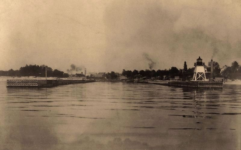 Marker detail: View from Lake Michigan in 1890s image. Click for full size.