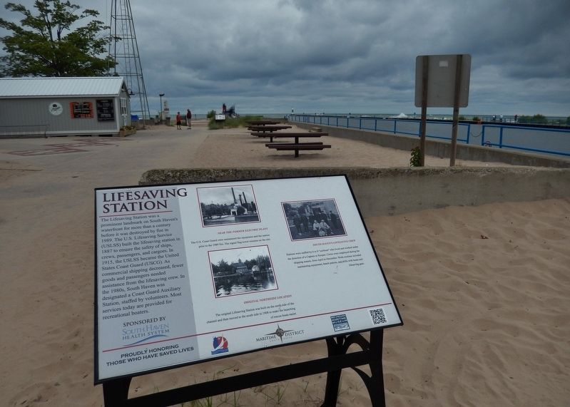 Lifesaving Station Marker (<i>wide view; overlooking South Beach Park</i>) image. Click for full size.