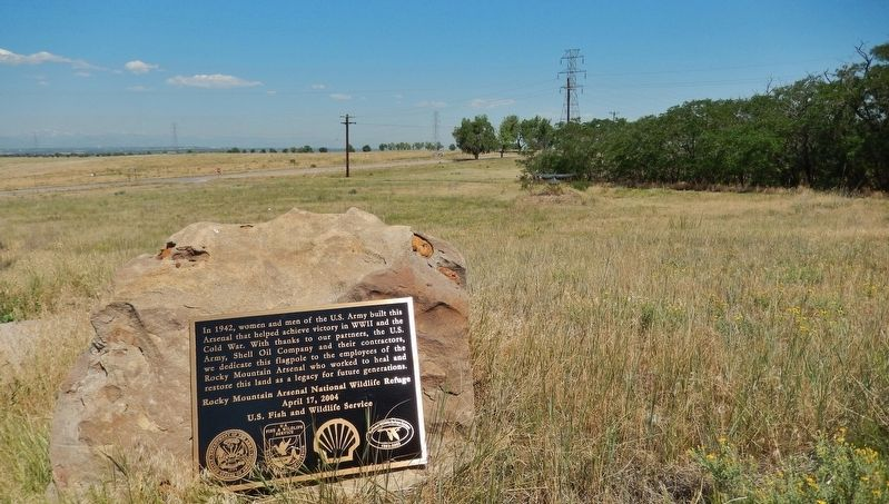 Rocky Mountain Arsenal National Wildlife Refuge Marker (<i>wide view</i>) image. Click for full size.