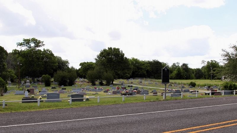 Arledge Ridge Cemetery Marker Area image. Click for full size.
