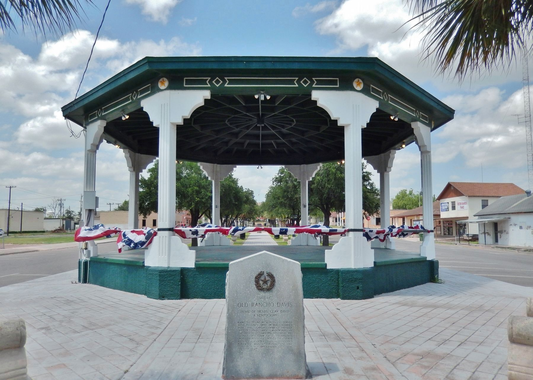 Site of Old Rancho Davis Marker (<i>wide view; gazebo and county plaza in background</i>) image. Click for full size.