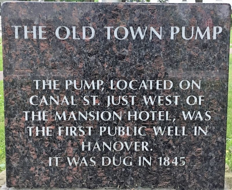 The Old Town Pump Marker image. Click for full size.