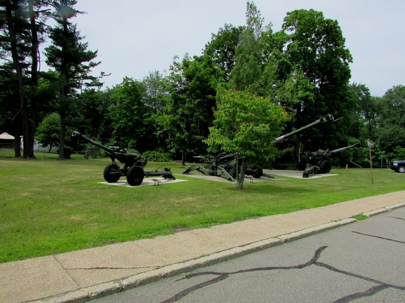 Howitzers at Picatinny Arsenal image. Click for full size.