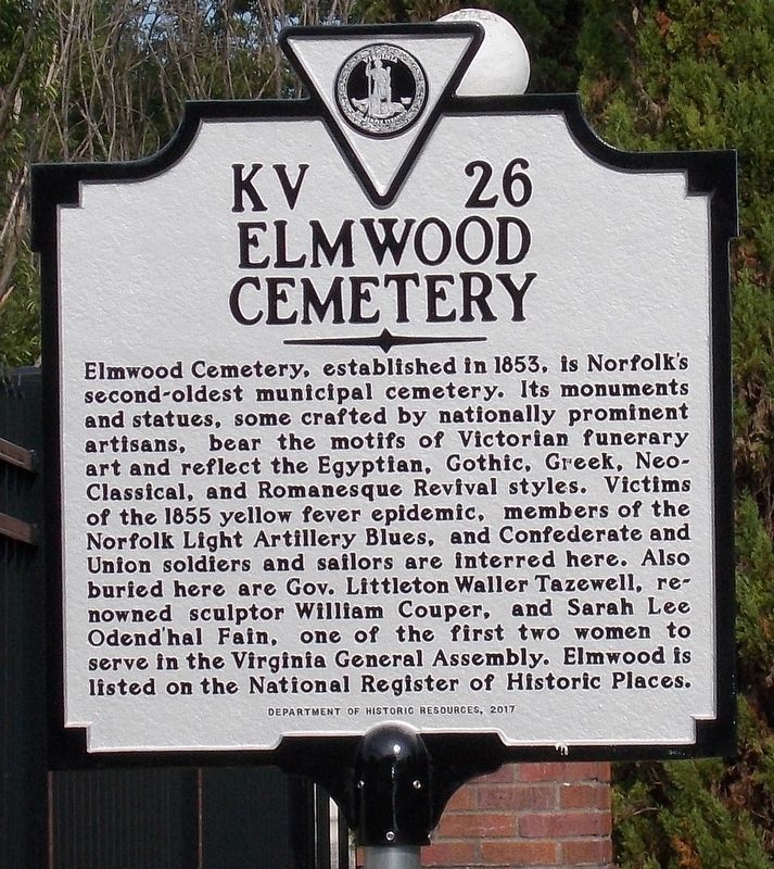 Elmwood Cemetery Marker. image. Click for full size.