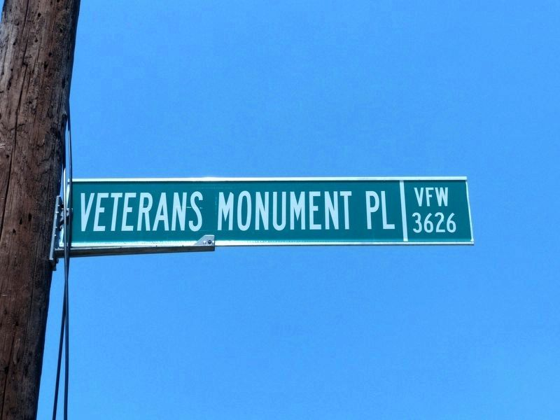 Veterans Monument Place<br>Formerly Field Place image. Click for full size.