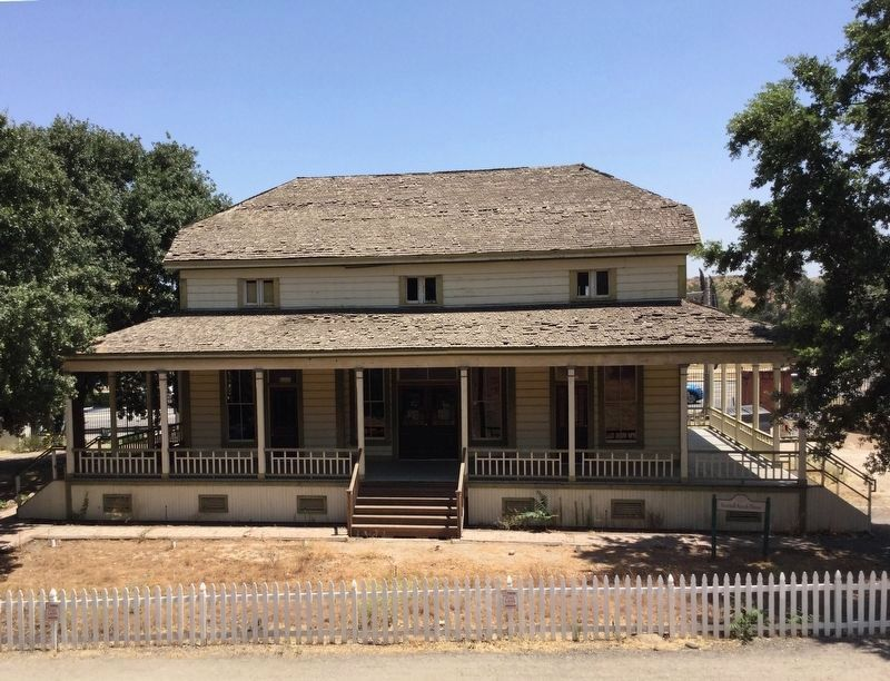 Newhall Ranch House image. Click for full size.