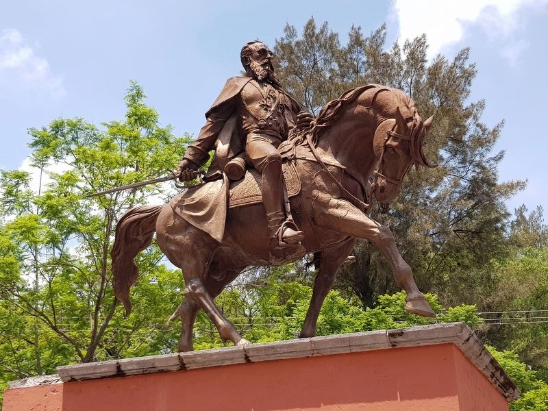 The statue of General Mariano Escobedo image. Click for full size.