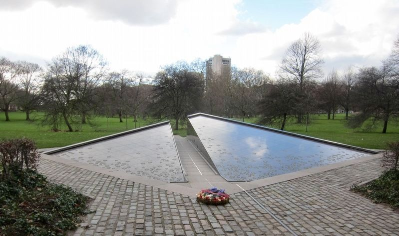 Canada Memorial image. Click for full size.