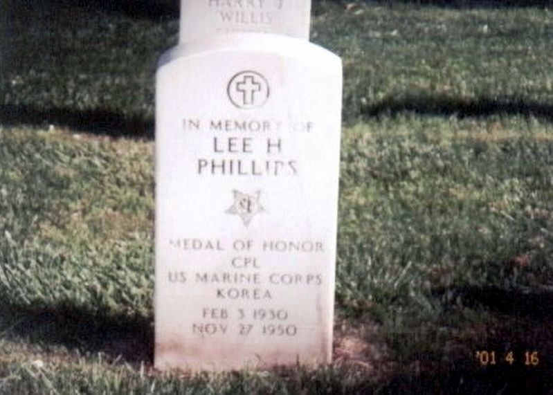 Lee H. Phillips cenotaph marker image. Click for full size.