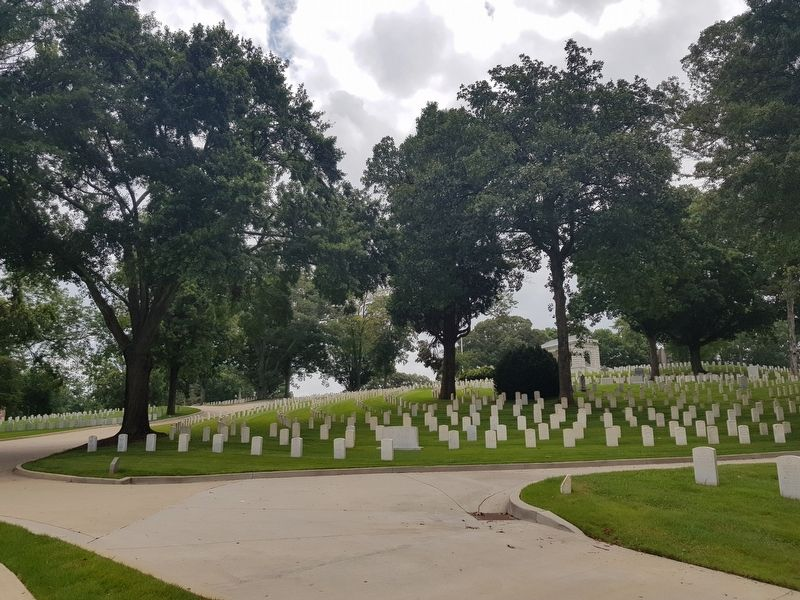 A view of a portion of the Marietta National Cemetery near the marker image. Click for full size.