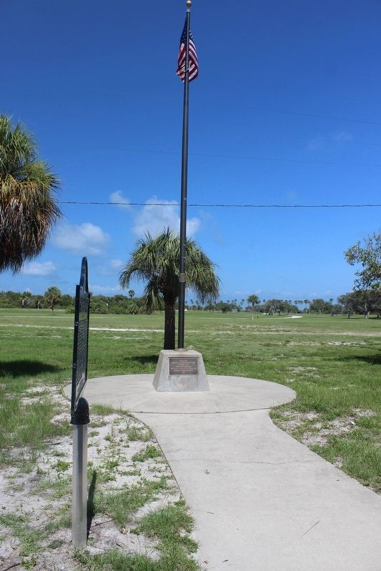 Fort De Soto Batteries and Military Post Marker with flagpole image. Click for full size.