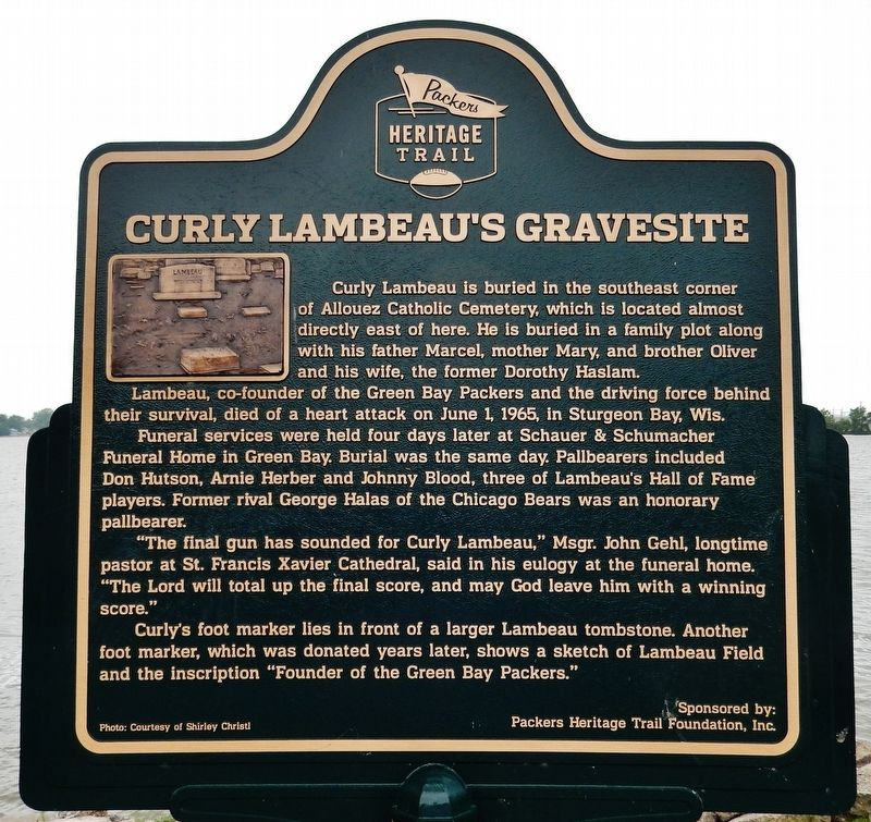 Curly Lambeau's Gravesite Marker image. Click for full size.