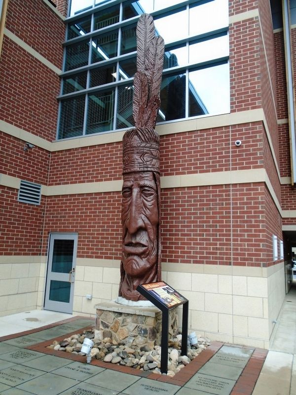 Chief Woapalanne Marker and Sculpture image. Click for full size.