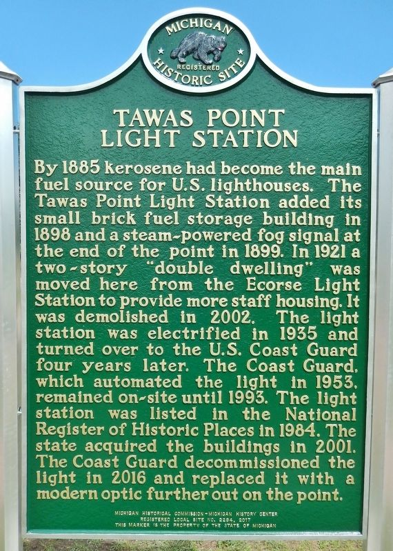 Tawas Point Light Station Marker (<i>side 2</i>) image. Click for full size.