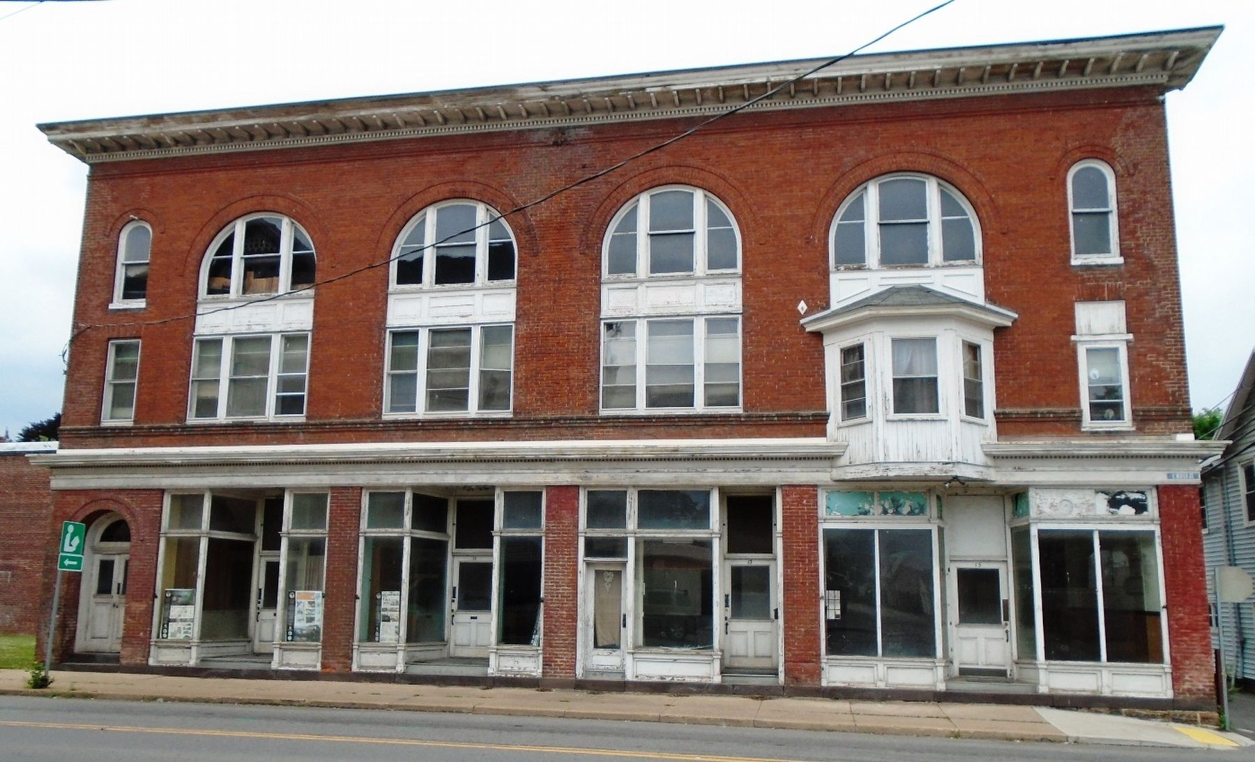 Former Mozley's Opera House on East Water Street image. Click for full size.