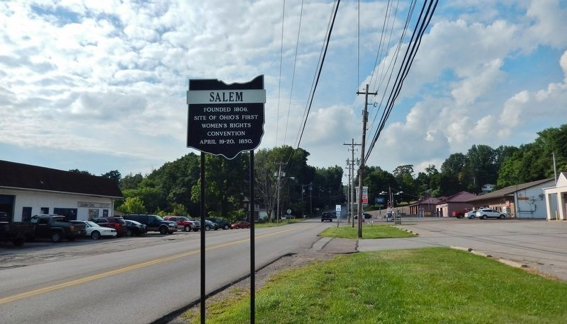 Salem Marker (<i>wide view; looking north along South Lincoln Avenue</i>) image. Click for full size.