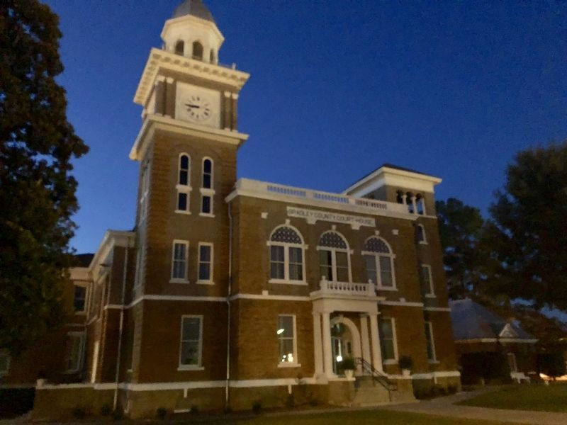 The Bradley County Court House image. Click for full size.
