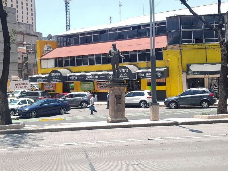 Jesús Terán Marker and statue image. Click for full size.