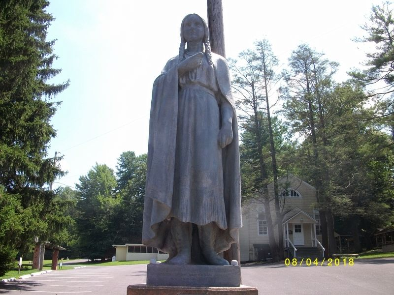 Close-up of Mary Jemison Statue image. Click for full size.