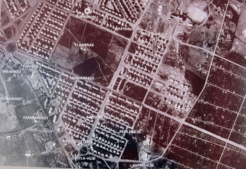 Marker detail: Aerial overview of farmsteads image. Click for full size.