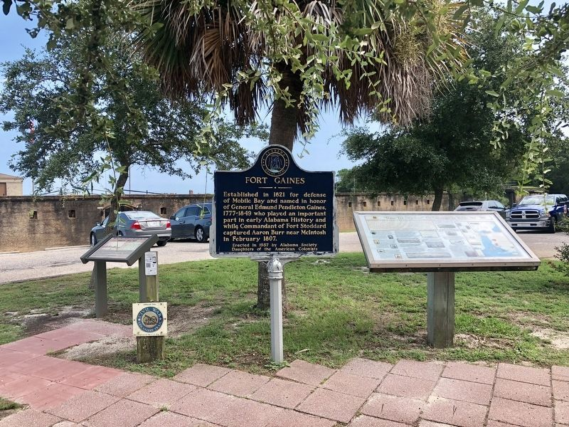 View of marker, among others, at Fort Gaines. image. Click for full size.