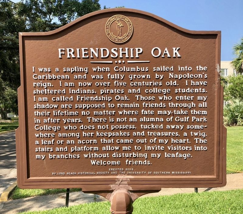 Another nearby marker about the Friendship Oak. image. Click for full size.