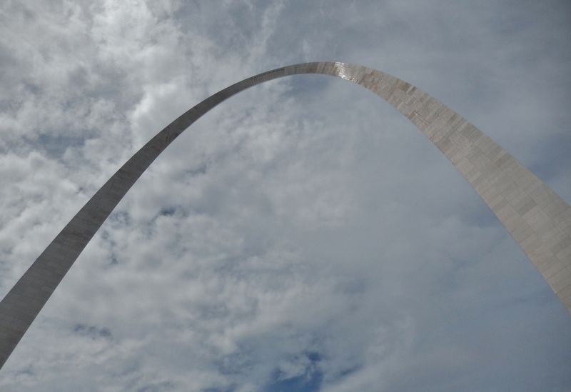 Gateway Arch (<i>view from marker</i>) image. Click for full size.