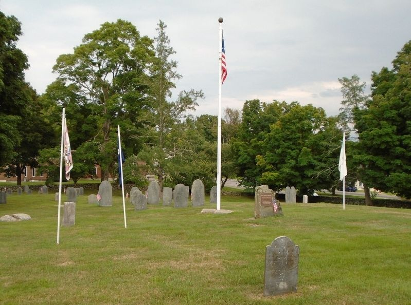 Olde Burial Grounds and Marker image. Click for full size.