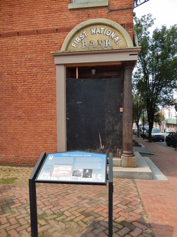 First National Bank Marker (<i>tall view from 2nd Street; bank corner entrance in background</i>) image. Click for full size.