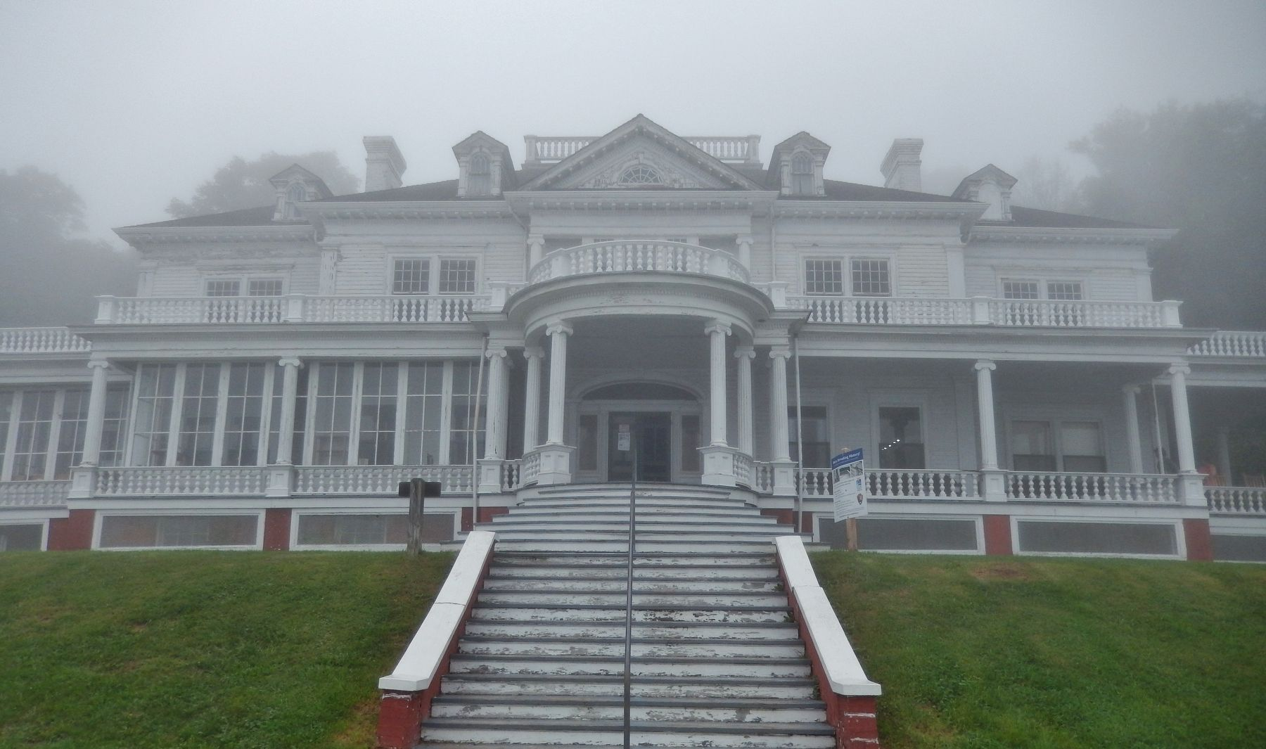 Flat Top Manor (<i>front view on a foggy day</i>) image. Click for full size.
