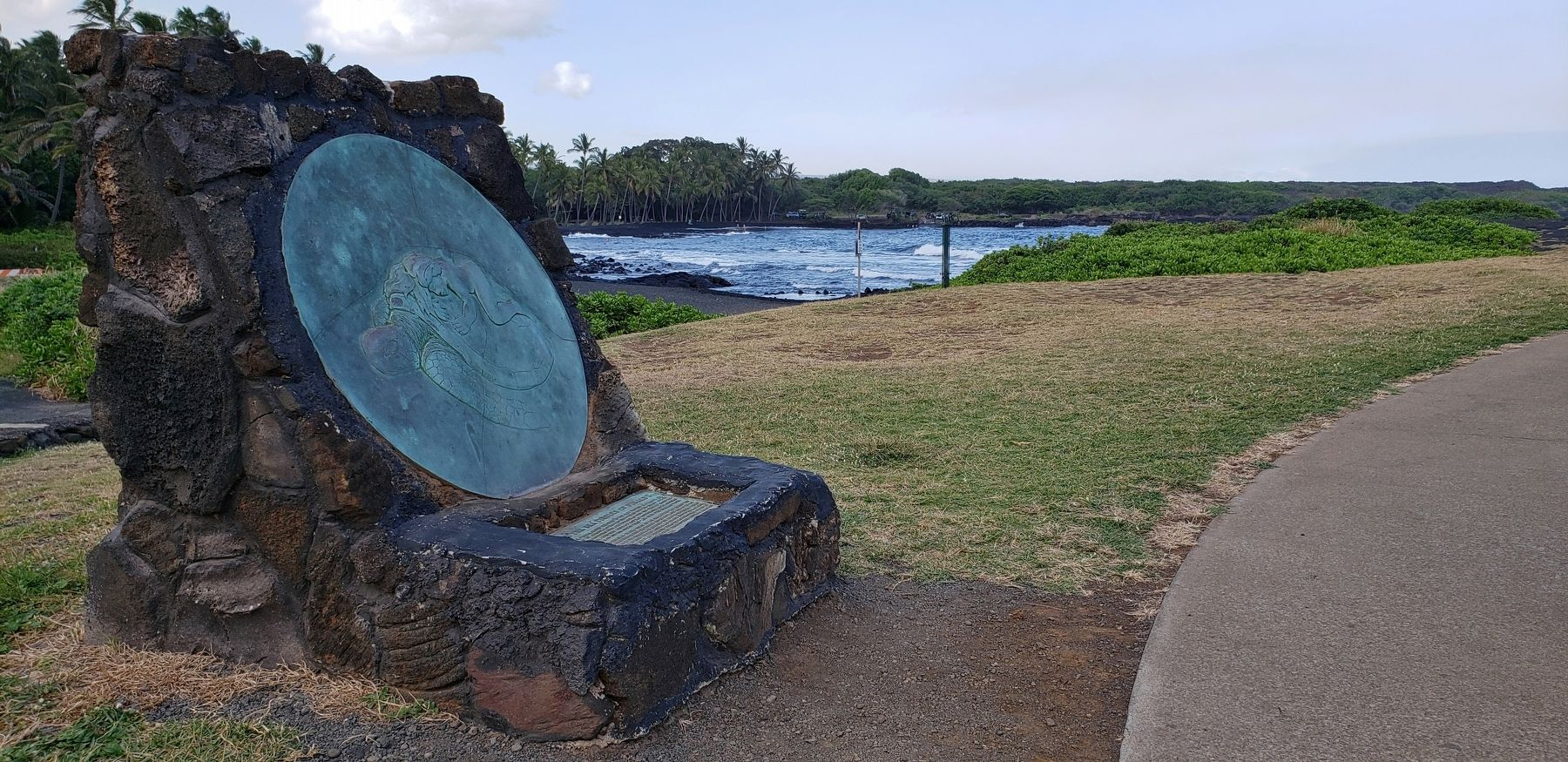 Kauila and the Sea Turtles of Punalu'u Marker (<i>wide view; Black Sand Beach in the background</i>) image. Click for full size.