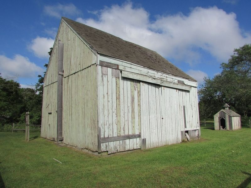 Ocker's Barns and Outbuildings image. Click for full size.