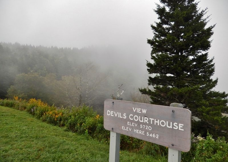 Devil&#39;s Courthouse Overlook Sign (<i>located near marker</i>) image. Click for full size.