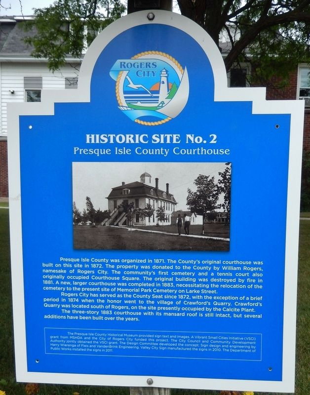 Presque Isle County Courthouse Marker image. Click for full size.