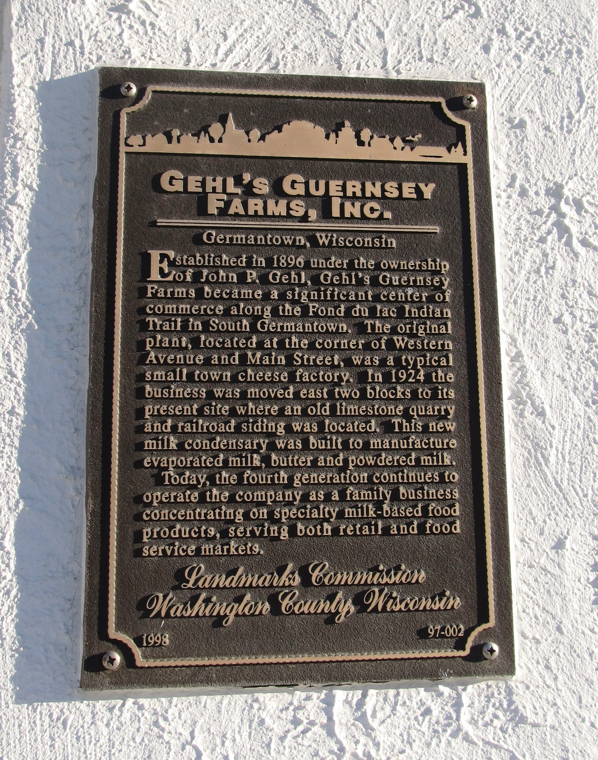Gehl's Guernsey Farms, Inc. Marker