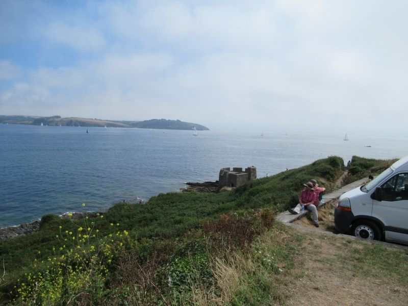 Little Dennis fort at Pendennis Point image. Click for full size.