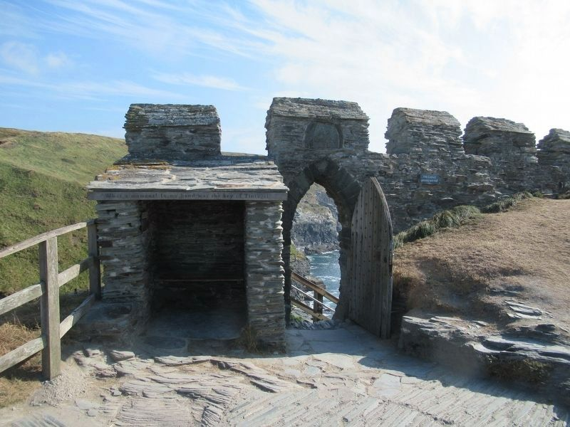 Florence's shelter at the entrance to Tintagel Castle image. Click for full size.