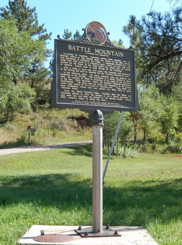Battle Mountain Marker (<i>tall view from Battle Mountain Avenue</i>) image. Click for full size.