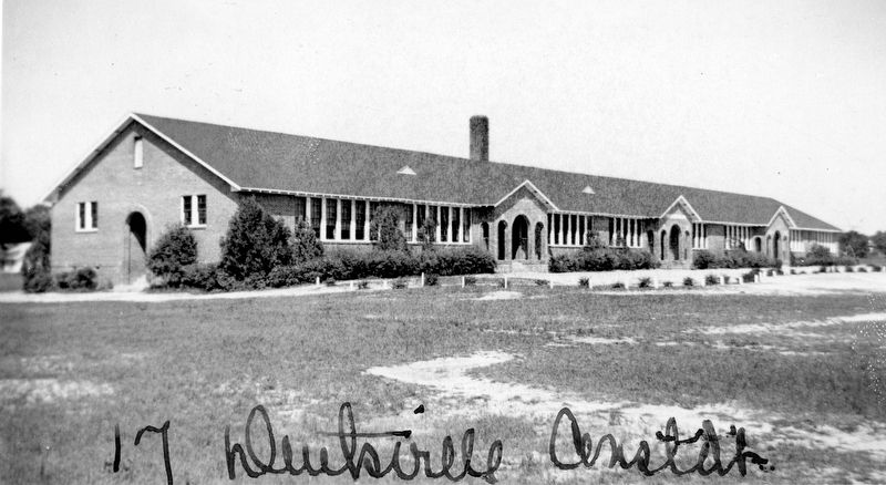 Dentsville School image. Click for full size.