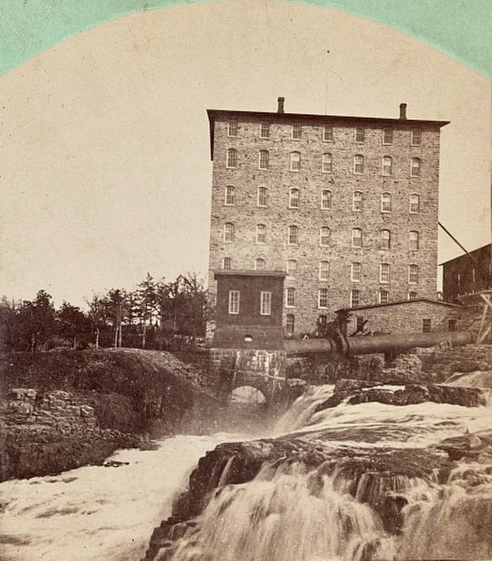 The Queen Bee Mill (right half of stereoscopic view) image. Click for full size.