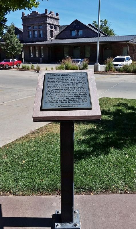 Illinois Central Depot Marker (<i>tall view; looking northeast across parking lot toward depot</i>) image. Click for full size.