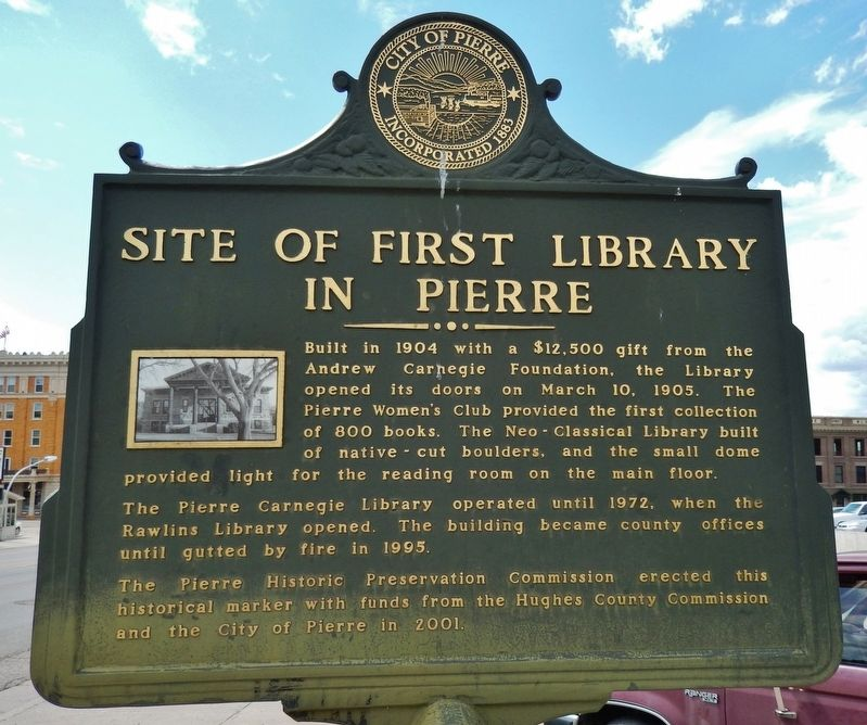 Site of First Library in Pierre Marker (<i>marker side 2</i>) image. Click for full size.