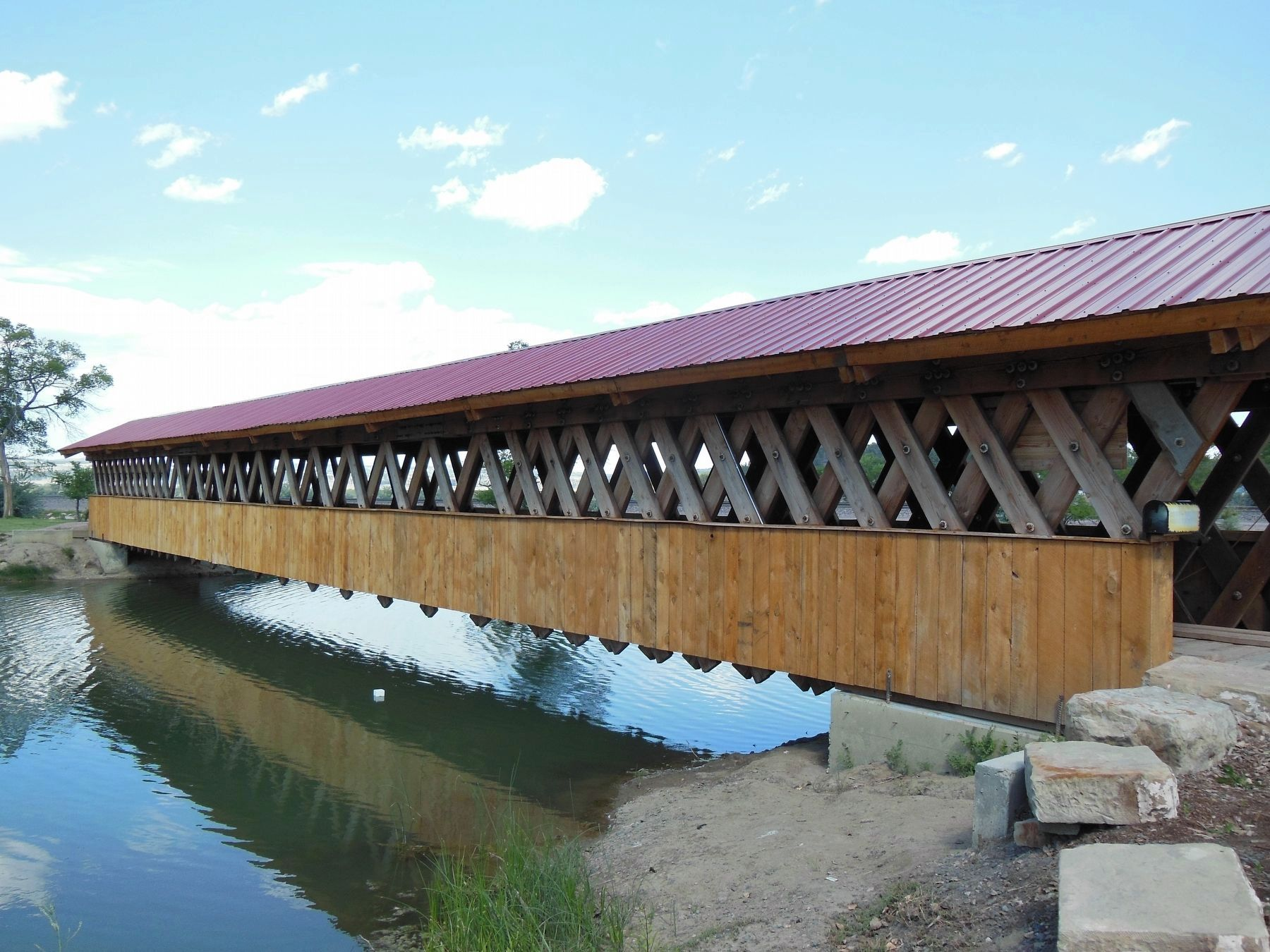 Edgemont City Park: Covered Foot Bridge & Terminus of Mickleson Trail image. Click for full size.