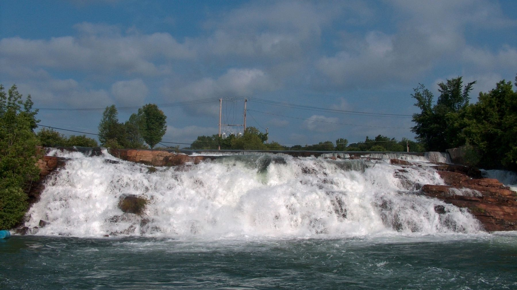 La Chute River Falls (<i>wide view from downstream of marker</i>) image. Click for full size.