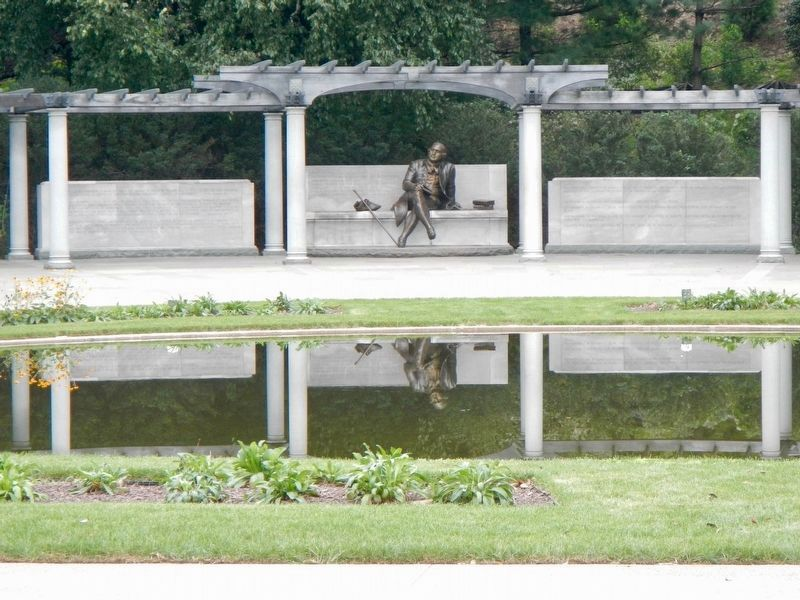 George Mason Memorial Garden image. Click for full size.